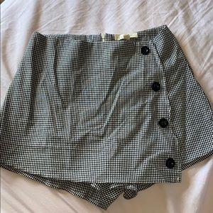 L. A. Heats skirt